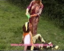 CAROL & ACE outdoor slapstick fun
