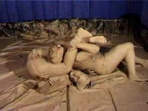 Mud Wrestling SUE SCARLETT vs VIXEN