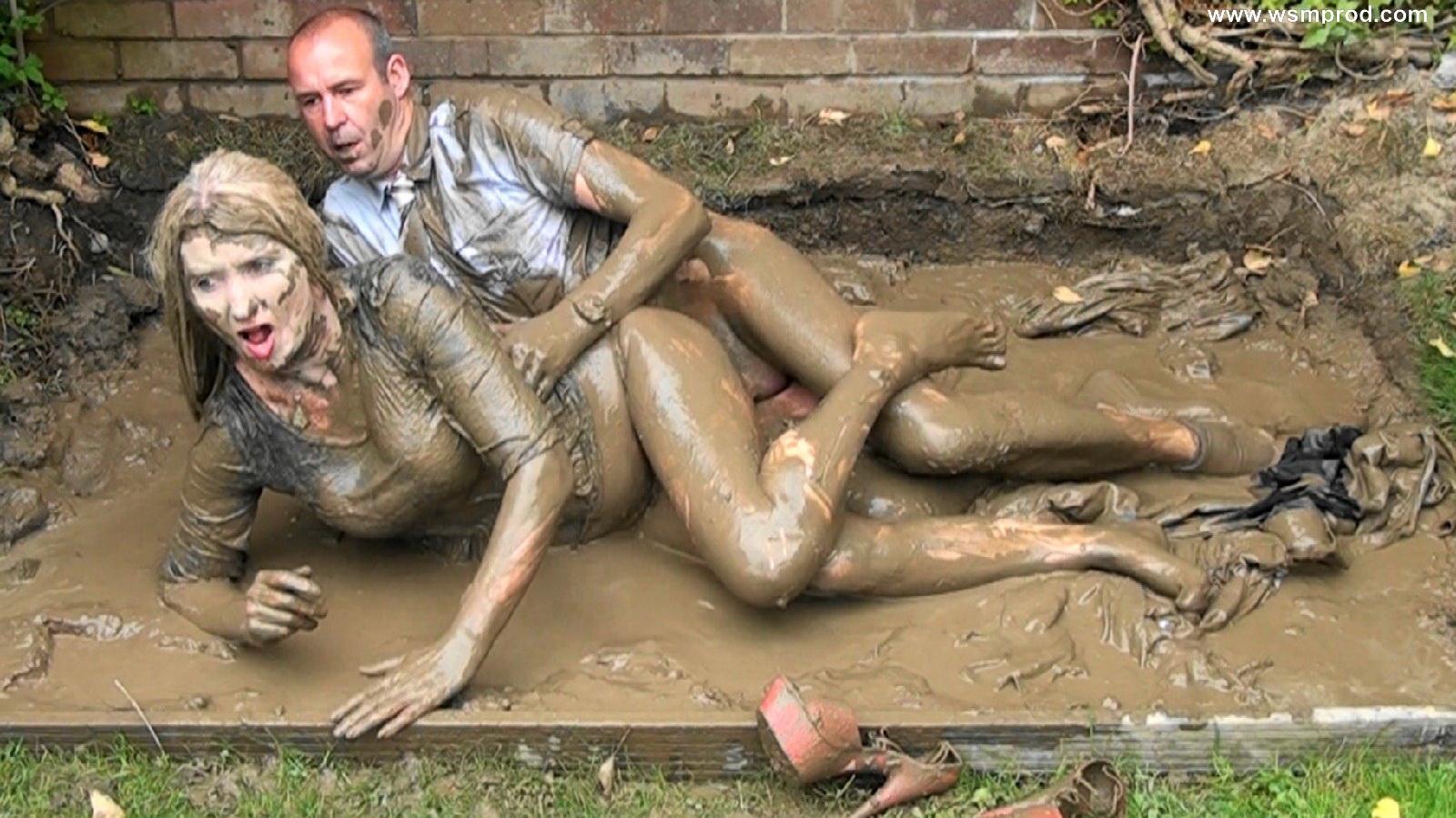 Русский секс в грязи, В грязи - бесплатное онлайн порно на сайте TopPorno 24 фотография